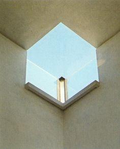 Image on Archisquare • Architettura Design Blog http://www.archisquare.it/carlo-scarpa-espansione-della-gipsoteca-canoviana-possagno/