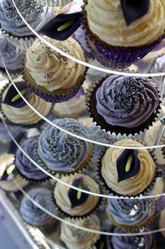 Classy & elegant cupcakes. Who knew?