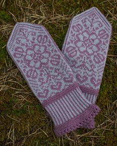 Ravelry: Bianca's Mittens/Biancas Votter pattern by Wenche Roald