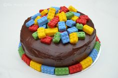 Lego(s!) Birthday cake with cheats choc icing