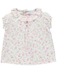 Laranjinha Cute Fashion, Crochet Baby, Floral Tops, Girls Dresses, Orange, Fashion Tips, Kids Fashion Boy, Ladies Fashion, Little Girl Clothing