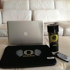 #oregonducks #Ulife Black set. Gets yours! Shopulife.com #uo #apple #themacstore #theduckstore #digitalduck #uo #wtd #oregon #oregonisfaster #uofo #goducks