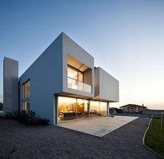 -Where is the Paramos House?In the coastal area of the North of Portugal, nearly 30km south Porto.- What shape have the volumes of the house?Volumetrically, ...