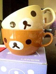 rillakuma mugs - oh my gosh!! SO want! *0*