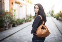 Lara by Léa Toni - Cognac - Leather bag made in Italy
