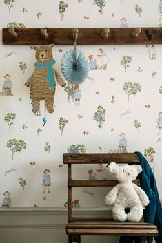 This charming and nostalgic wallpaper depicts the fairy tale adventure of friends in the blueberry forest, taken from the original drawings by Elsa Beskow. Here you will find Lingonberry Girls, Blueberry Boys, Blueberry King and Putte all beautifully and playfully arranged in traditional colour.