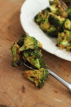 Stovetop roasted broccoli with nutritional yeast gives you both a new way to season and a speedy way to roast broccoli.
