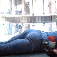 Chris ❤️ Evans America's ass. Marvel E Dc, Marvel Funny, Marvel Movies, Captain Marvel, Marvel Actors, Steve Rogers, The Avengers, Christopher Evans, Chris Evans Captain America