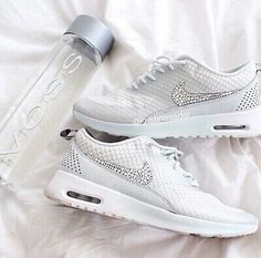 best service 917d4 c822f nike, white, and shoes Bild Shoes Sneakers, Shoes Heels, Nike Shoes Outlet