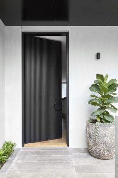 Art-Deco Inspired & Hawthorn House by Christopher Elliott Design & Issue 02 Feature & Melbourne, VIC, Australia Modern Entrance Door, Entrance Design, Front Door Design, Gate Design, House Entrance, Entrance Doors, House Design, Duplex Design, Modern Entry