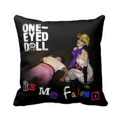 Love the idea for a personalized pillow case.