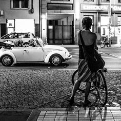 In part two of his look at street photography, Knut Skjærven shares insight into the process and practice of creating images: http://blog.leica-camera.com/photographers/guest-blog-posts/knut-skjaerven-looking-at-street-photography-part-2/
