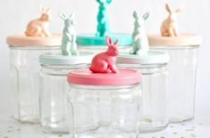 The Babyology guide to DIY Easter crafts! - Bunny jars web The Babyology guide to DIY Easter crafts! all you alice in wonderland white rabbit f - Mason Jar Crafts, Mason Jars, Glass Jars, Crafts With Bottles, Diy Projects To Try, Craft Projects, Craft Tutorials, Diy And Crafts, Crafts For Kids