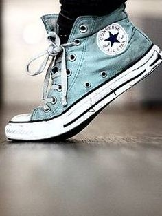 zapatilla Light Blue High Top Converse! These are almost as dirty as my Converse!