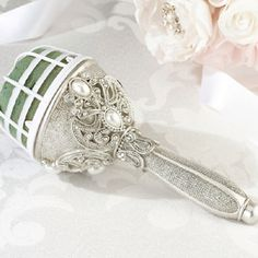 WeddingDepot.com ~ Regal Elegance Bouquet Holder ~