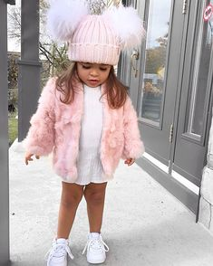 You are in the right place about kids fashion girl Here we offer you the most beautiful pictur Trendy Baby Clothes, Cute Baby Girl Outfits, Cute Outfits For Kids, Toddler Outfits, Cute Kids Fashion, Baby Girl Fashion, Toddler Fashion, Cute Baby Pictures, Cute Little Girls