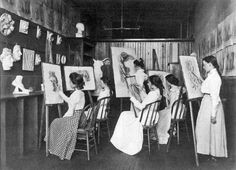 Frances Benjamin Johnston. Art class,  Washington, DC, 1899