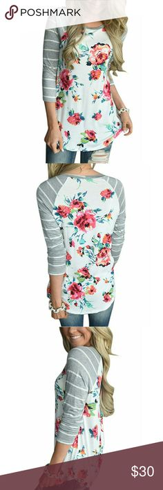 ⭐❗1 HOUR ONLY PRICE❗⭐New!!! Floral Top Brand new with tags  Avaliable in Sizes Small, Medium, and Large Tops