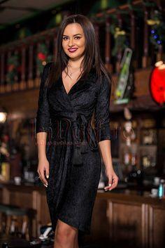 Rochie de ocazie din catifea gofrata neagra