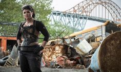 In Deadpool, Angel Dust (Gina Carano) possesses, through secret medical experimentation, the ability to gain superhuman strength in. Deadpool Film, Deadpool 2016, Cara Dune, Harper Row, Deadpool Costume, Morena Baccarin, Cheap Halloween Costumes, Year Of The Monkey, Angel Dust