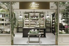 Scent of Varo store by acca Inc. Glamshops - retail design and shop reviews http://www.glamshops.ro/shop-review-scent-of-varo-store-by-acca-inc.html