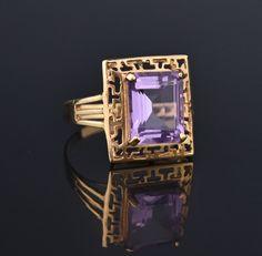 Amethyst Gold Greek Key Pattern Retro Ring #Gold #Amethyst #intage #Greek #Ring #Jet #Jugenstil #Vintage #Dangle #Stainless