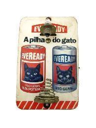 ...lembrar-se da Eveready, a pilha do gato. E pedido à mãe que comprasse ela ao invés da Ray-o-vac, só por causa do gato!