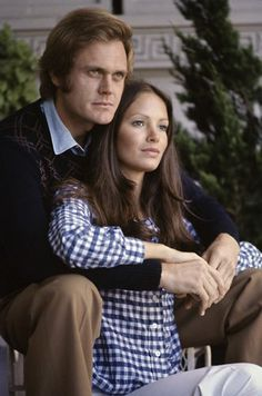 In 1968,  Actor  Roger Davis (Alias Smith & Jones) married actress and entrepreneur Jaclyn Smith (Charlie's Angles)  After a long separation, they divorced in 1978.