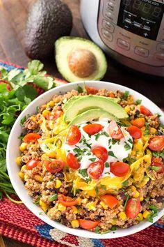 Instant Pot Quinoa Taco Bowls are a healthy and delicious one-pot meal. - Instant Pot Quinoa Taco Bowls are a healthy and delicious one-pot meal. This is an Instant Pot Dump - Crock Pot Recipes, Taco Bowls, Taco Chicken Bowls, Chicken Quinoa Recipes, Pressure Cooker Quinoa, Pressure Cooker Recipes Vegetarian, Instapot Vegetarian Recipes, Vegetarian Recipes Instant Pot, Vegetarian Recipes For Beginners