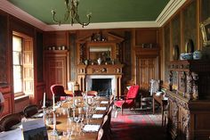 Dining Hall by Scotsman_in_Hawaii, via Flickr