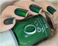 Beatle green nailart