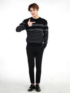 Sehun - 141130 Official EXO-L website update: Secret photo