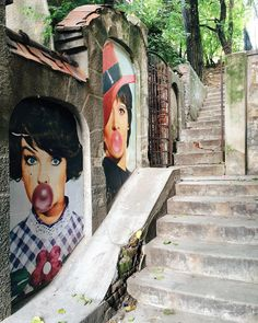 Visual artist Lucian Baraitaru portrays two classic Romanian pop stars on one of the most hidden streets in Bucharest. Street Installation, Bucharest, Street Artists, Urban Art, Graffiti, Art Prints, Pop, Stars, Classic