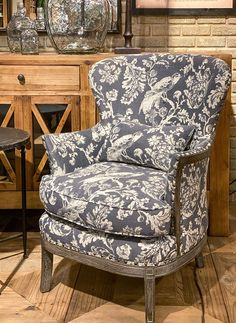 Inspired by French country design, this upholstered arm chair features an updated toile motif that compliments a variety of aesthetics. x x Oak and Linen Purple Bohemian Bedroom, Painted Fox Home, Country Style Living Room, Patterned Armchair, Upholstered Arm Chair, Furniture Upholstery, Grey Home Decor, Office Chair Without Wheels, Living Room Chairs
