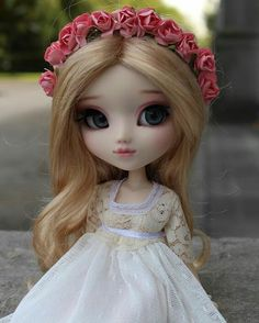 Adorable little bride doll 👰 Anime Dolls, Blythe Dolls, Barbie Dolls, Pretty Dolls, Beautiful Dolls, Doll Face Paint, Girl Face Drawing, Cute Baby Wallpaper, Kawaii Doll