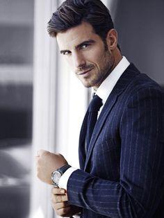 Aitor Ocio, model and former Spanish Soccer Player. Gentleman Mode, Gentleman Style, Sharp Dressed Man, Well Dressed Men, Fashion Moda, Mens Fashion, Ankara Fashion, Style Fashion, Man Street Style