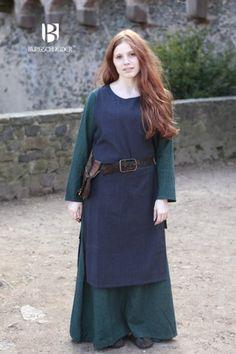 Viking Dress http://burgschneider.de/kleid-mittelalter/ueberkleid-haithabu-blau.html