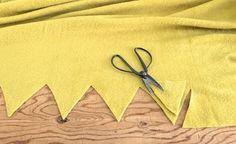 Poppytalk: Mini DIY by Hindsvik: Fleece Blanket Fleece Blanket Edging, Fleece Tie Blankets, Make Blanket, Kids Blankets, Sewing Hacks, Sewing Crafts, Sewing Projects, Sewing Tips, Diy Projects