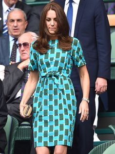 Kate Middleton wore a stunning wrap dress while attending Wimbledon with Prince William on Sunday, July Plus, Victoria and David Beckham attend Kate Middleton Wimbledon, Looks Kate Middleton, Kate Middleton Outfits, 2014 Wimbledon, Pippa Middleton, Prince William Family, Prince William And Kate, William Kate, Duchess Kate