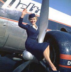 Delta Air Lines flight attendant uniform, Winter, 1957-59