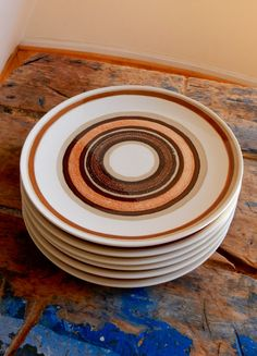 Set of 6 Stoneware Dinner Plates Royal China by by TooArtfulForYou