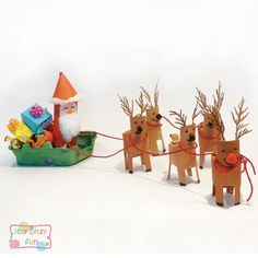 Make Santa Sleigh from toilet paper rolls and egg carton!