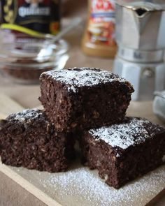 BROWNIES Light – Barbell & Cakes Healthy Cake, Healthy Treats, Healthy Food, Healthy Eating, Tortilla Sana, Biscotti, Dessert Light, Eating Light, Light Recipes