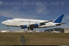 Boeing (Atlas Air) N747BC Boeing 747-4J6(LCF) Dreamlifter aircraft picture