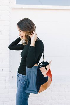 how to style a turtleneck, how to style flared jeans, downtown arts district, Clare V simple tote, Fall outfits, Christy Turlington, Jane Fonda, Jenny Slate