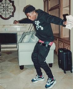 Listen to every Lil Baby track @ Iomoio