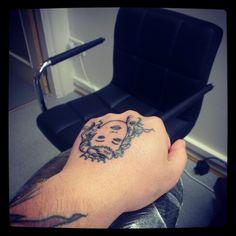 Getting my queen finished today with my good friend Patryk Mazur @ Inkaholics #bodymods #instagood #lifesaphoto #laser #onedirection #graffitispotter #picoftheday #igtattoo #piercing #scarification #tagstagram #tattooremoval #tattoo #tattoocollective #artnerd #inklife #scarwars #inkaddict #kinkyink #london #mrwolf #fullmoon #wolfpack http://www.facebook.com/mrwolfpiercing