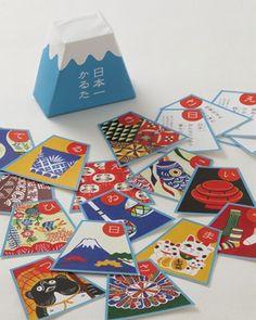 かるた card game. cute mt fuji shape