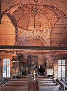 Petäjävesi Old wooden church, built in was recorded in 1994 by the UNESCO as a valuable masterpiece of sustainable design wood art - Jyväskylä, Finland Grave Monuments, Church Pictures, Destinations, Amazing Buildings, Place Of Worship, Cottage, Sustainable Design, Helsinki, Old Town