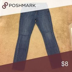 "Women's Jeans - light wash Women's Old Navy ""the Flirt"" jeans. Light washed color. Size 6 short Old Navy Jeans Skinny"